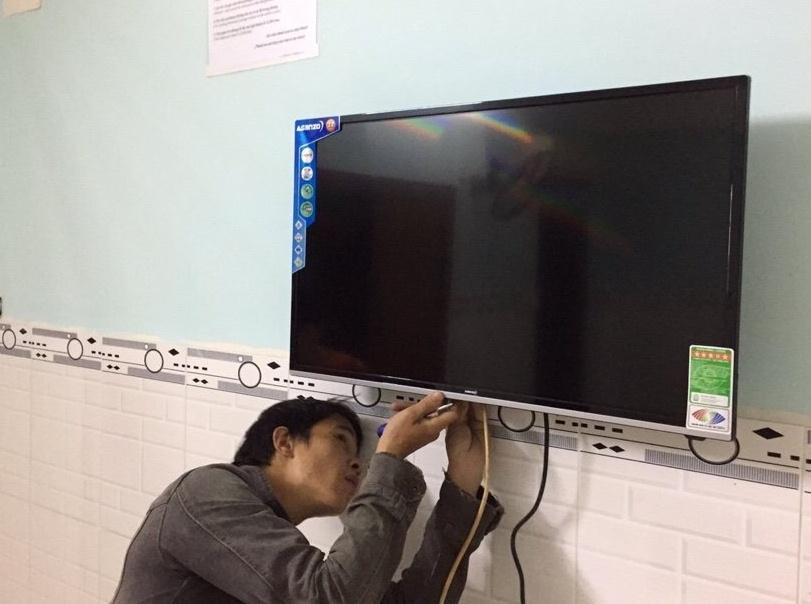 Tivi LED Asanzo 32 inch 32AH102