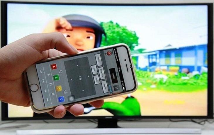 dùng điện thoại điều khiển tivi