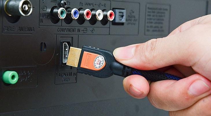 dùng dây HDMI để kết nối
