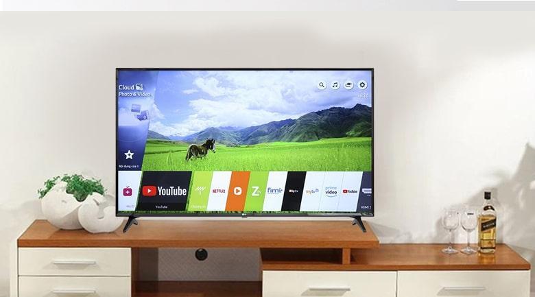 dung điện thoại và máy tính bảng để điều khiển tivi bằng ứng dụng LG TV Plus