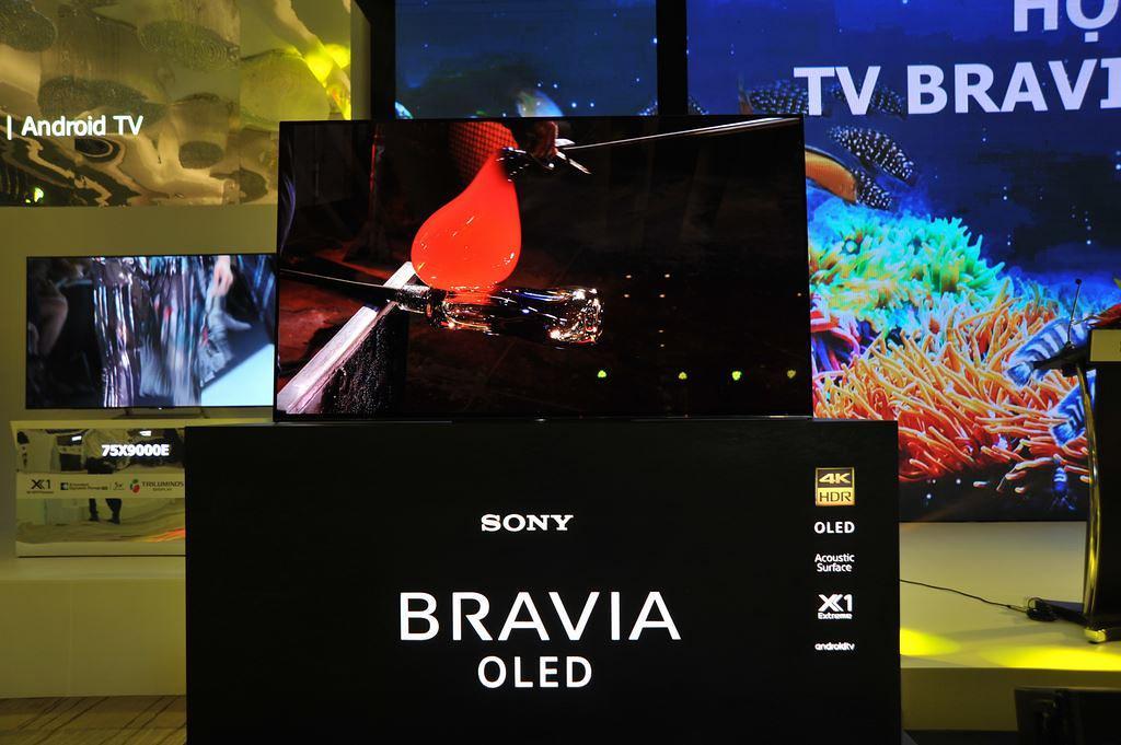 chọn mua tivi sony hay samsung