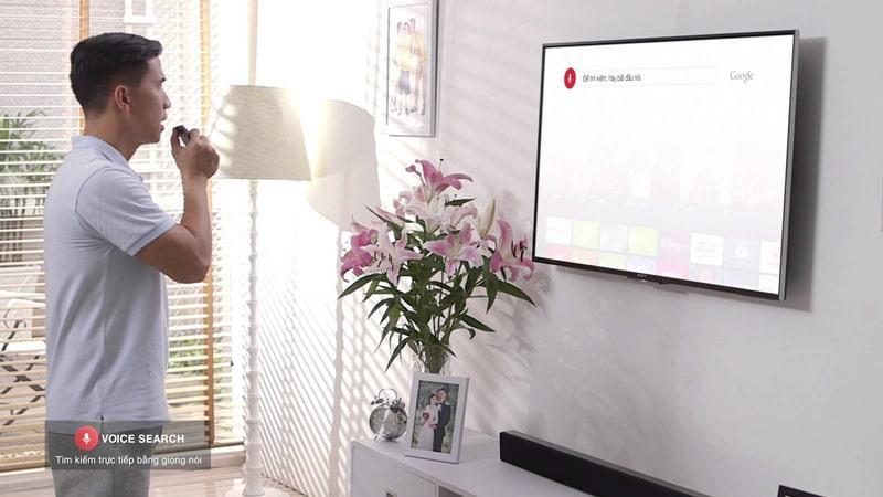 Tivi Sony KD-55X8500G/S hỗ trợ tìm kiếm bằng tiếng việt