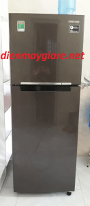 Tủ lạnh Samsung RT22M4032DX/SV lắp đặt 1