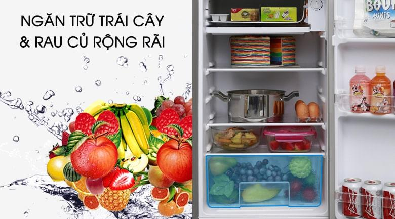 ngăn trữ trái cây và rau củ rộng rãi