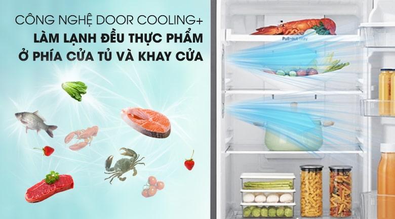 công nghệ DOOR COOLING+ làm lạnh đều thực phẩm ở phía cửa tù và khay cửa