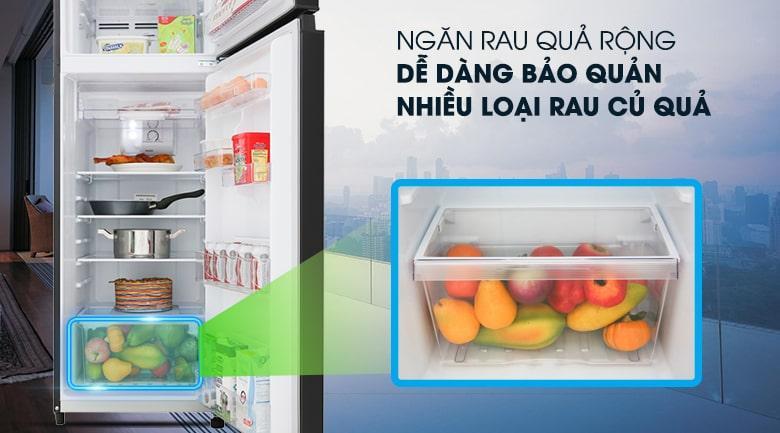 ngăn rau quả rộng dễ dàng bảo quản nhiều loại rau củ quả
