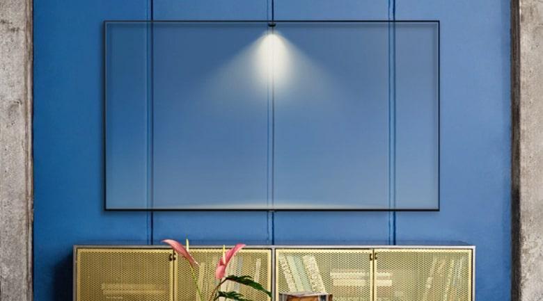 Chế độ Ambient Mode+ giúp tivi hòa quyện vào không gian nhà bạn