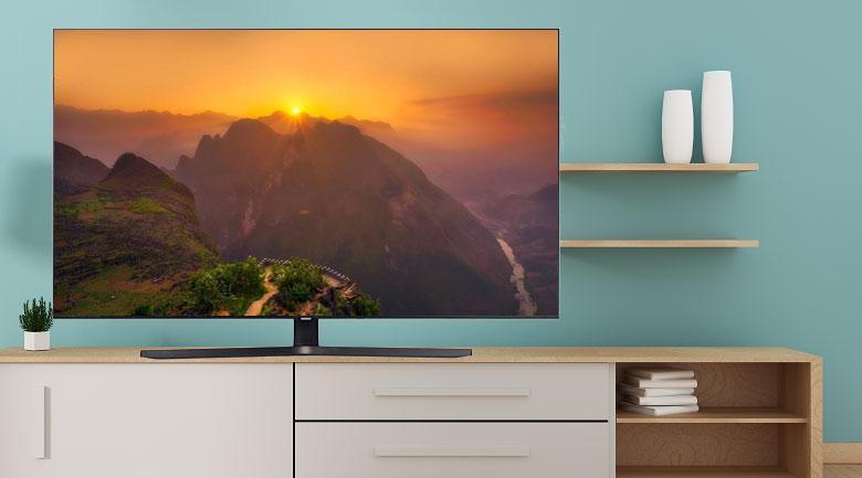 Tivi Samsung UA55TU8500 mang đến thiết kế chắc chắn, ấn tượng