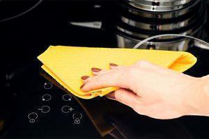 Cách vệ sinh bếp từ đơn giản, sạch bóng loáng