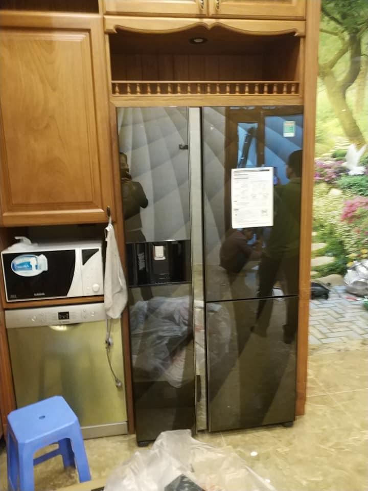 Những hình ảnh thực tủ lạnh được giao và lắp đặt miễn phí