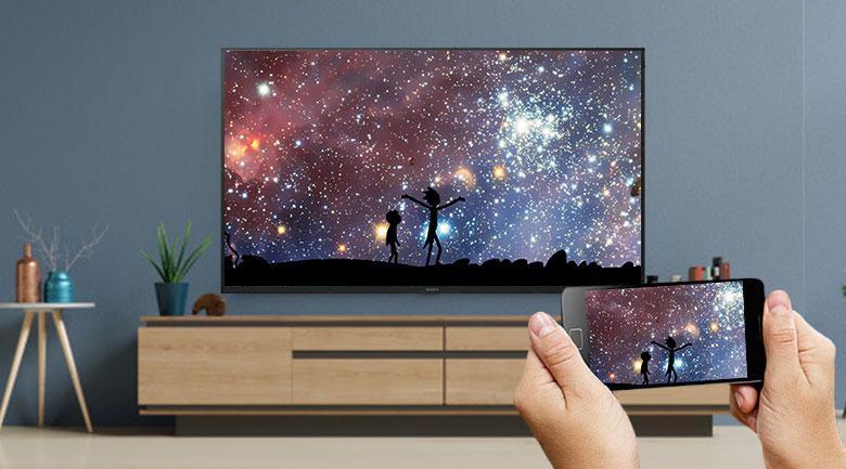 Có thể trình chiếu màn hình ĐT lên màn hình TV nhờ Chormecast
