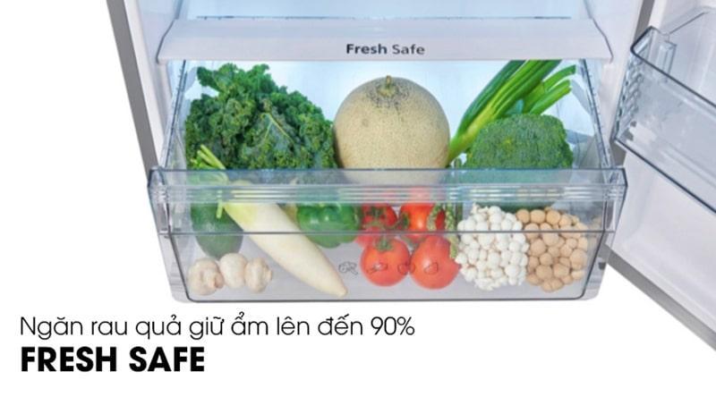 Tủ lạnh Panasonic NR-BL26AVPVN bảo quản rau quả tươi lâu trong ngăn giữ ẩm Fresh Safe