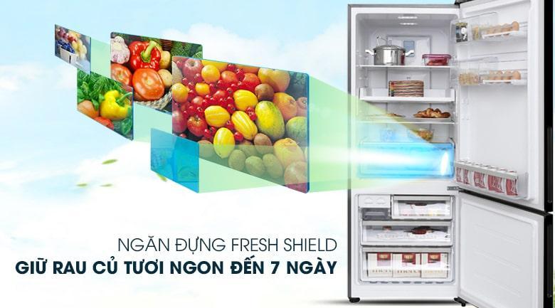 Tủ lạnh Electrolux EBE4502BA ngăn đựng rau quả có khả năng điều chỉnh độ ẩm mới lạ