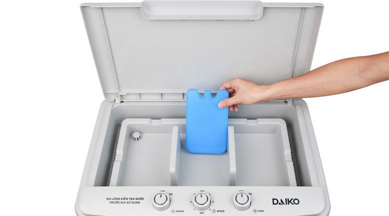 Quạt điều hoà Daikiosan DKA-04500A tặng 2 hộp đá khô tăng cao hiệu quả làm mát