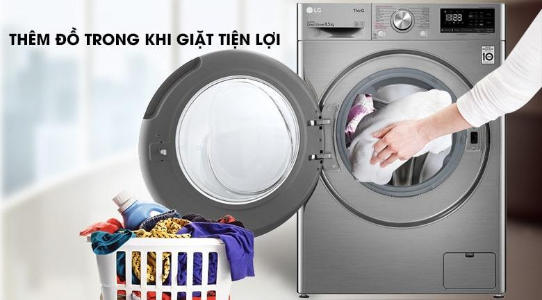 máy giặt có tính năng thêm đồ trong khi giặt vô cùng tiện lợi