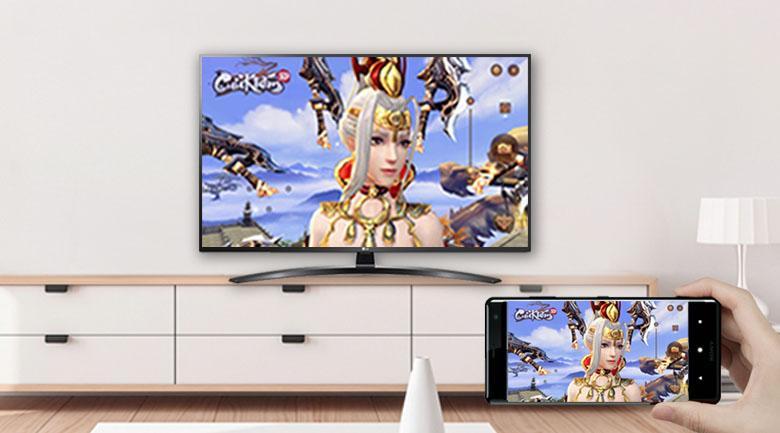 65UN7400 chiếu màn hình điện thoại lên tivi dễ dàng