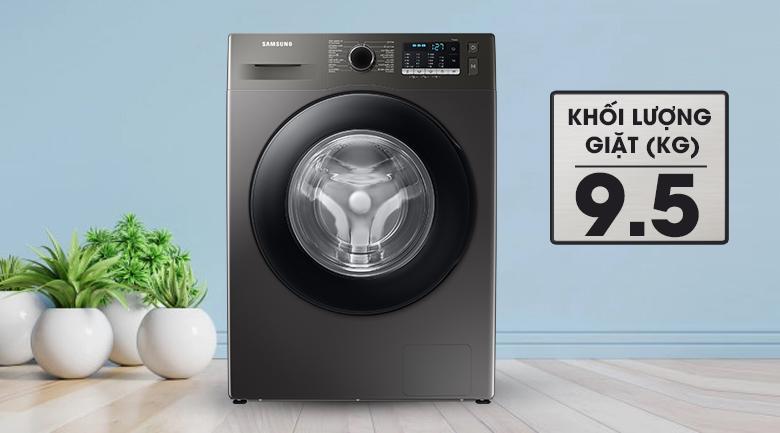 Thiết kế với khối lượng giặt 9.5 kg có thể phù hợp với gia đình có từ 5 - 7 người