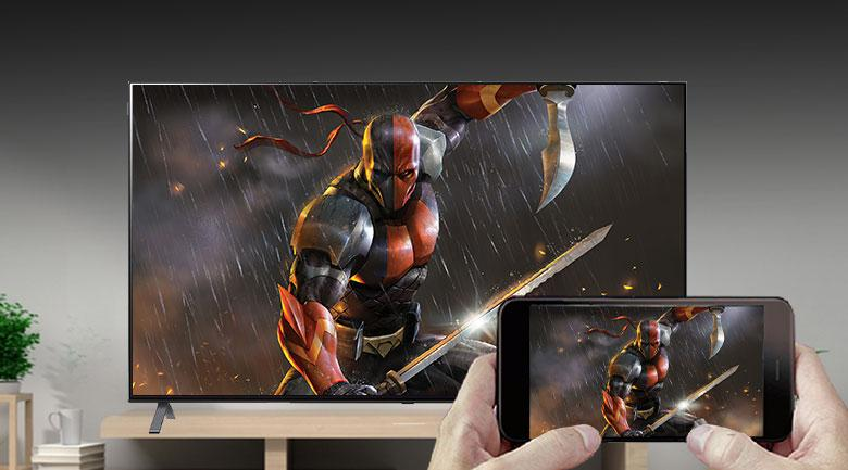 Tivi LG 65NANO95TNA trình chiếu từ điện thoại lêm tivi dễ dàng hơn