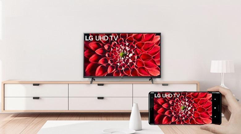 Tivi LG 70UN7070PTA chiếu màn hình điện thoại lên tivi