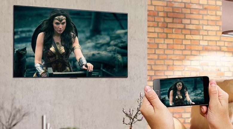 Tivi OLED LG 55G1PTA chia sẻ màn hình điện thoại lên tivi