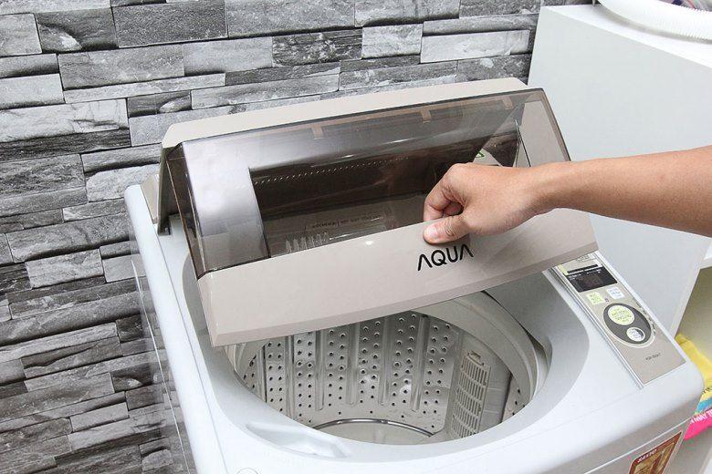 Máy giặt bị trục trặc công tắc nắp