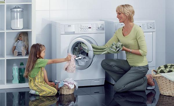 Bạn cần sấy quần áo với khối lượng phù hợp với dung tích của máy